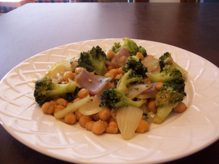Broccoli & Chickpea Curry